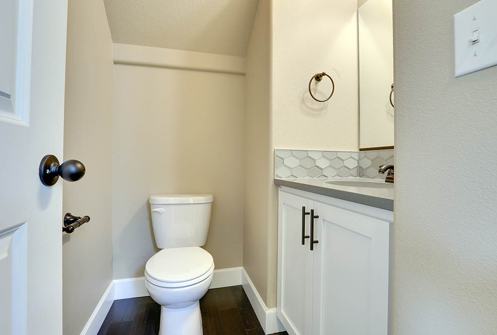 powder-room-white-cabinets